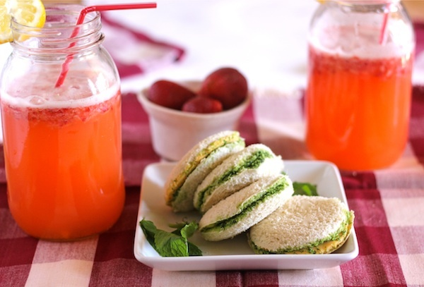 Chutney Sandwich and Strawberry Mango Lemonade