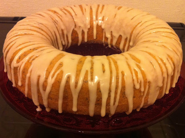 Lemon Drizzle Bundt Cake