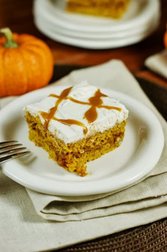 Outrageously Good Caramel Pumpkin Snack Cake {& Concord Foods Caramel Apple Wrap}