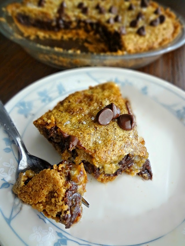 Chocolate Chip Cookie Oat Pie