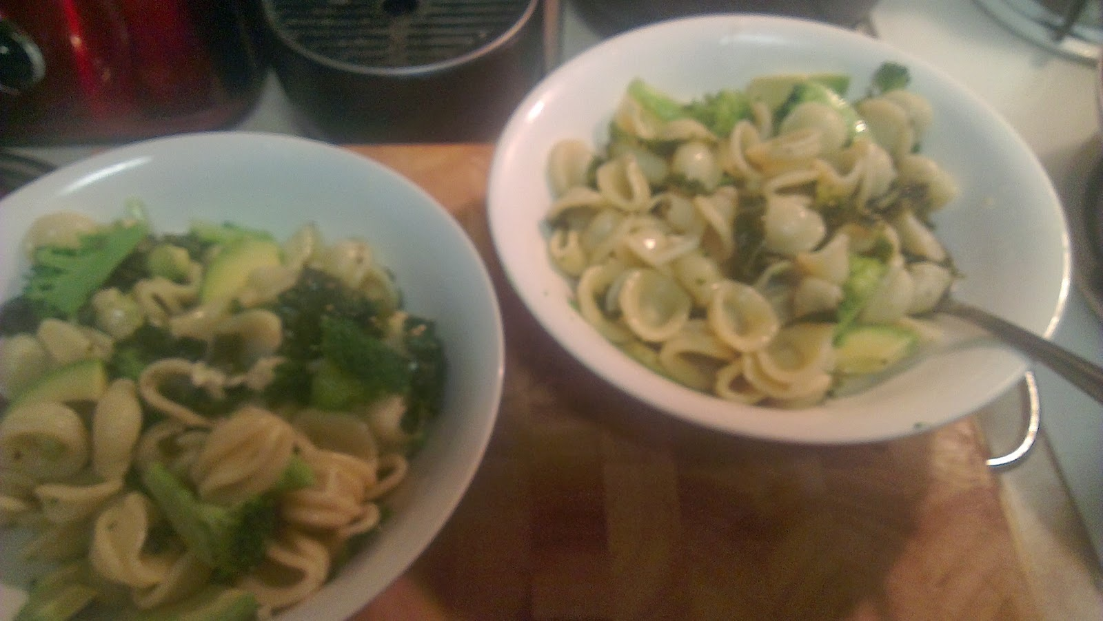 Vegan Dinner Recipe: Orecchiette with white wine, garlic and greens