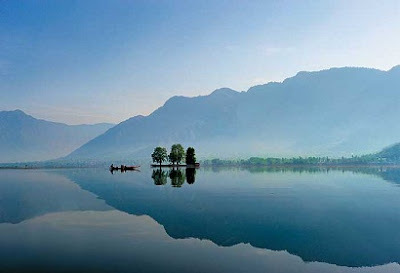 Travel Guide: Kashmir