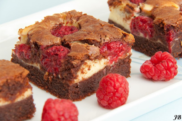 Frambozen cheesecake brownies