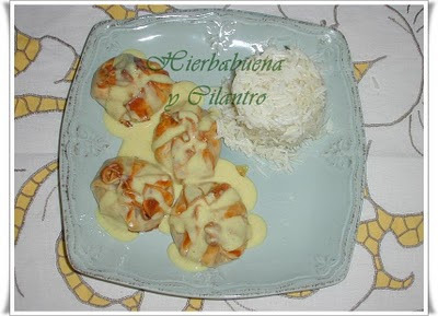 Limosneras de pollo al curry