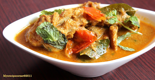 Madurai Chicken Salna/ Chalna- Fail-safe Recipe