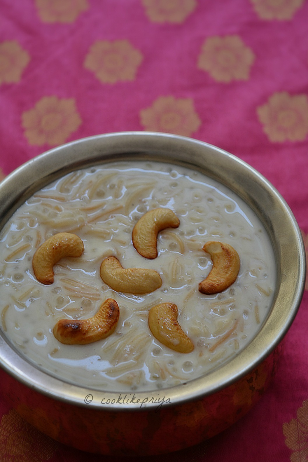 Javvarisi Semiya Paal Payasam | Sago Vermicelli Kheer | South Indian Payasam Recipe
