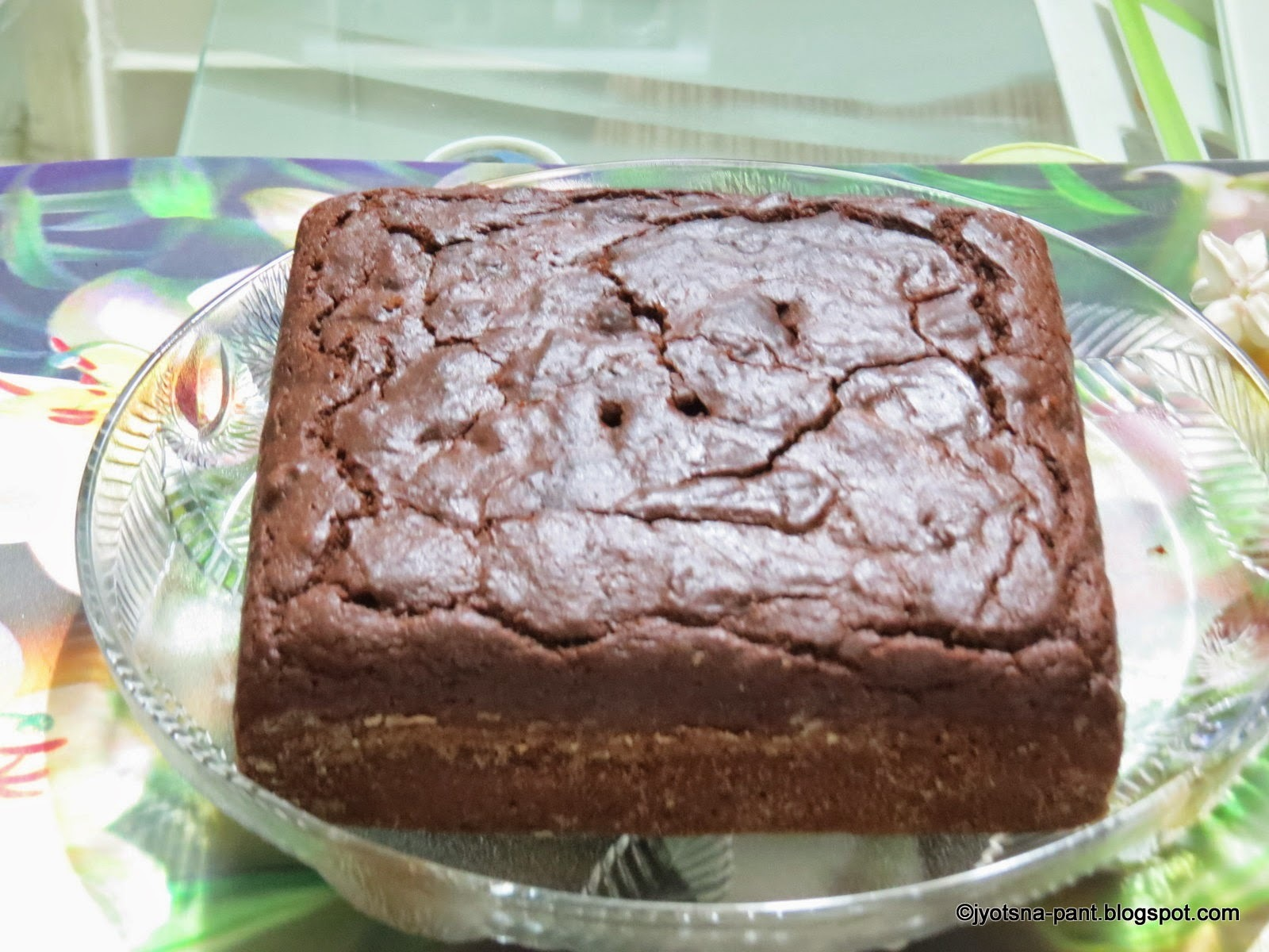 Coco-Dates Eggless Cake