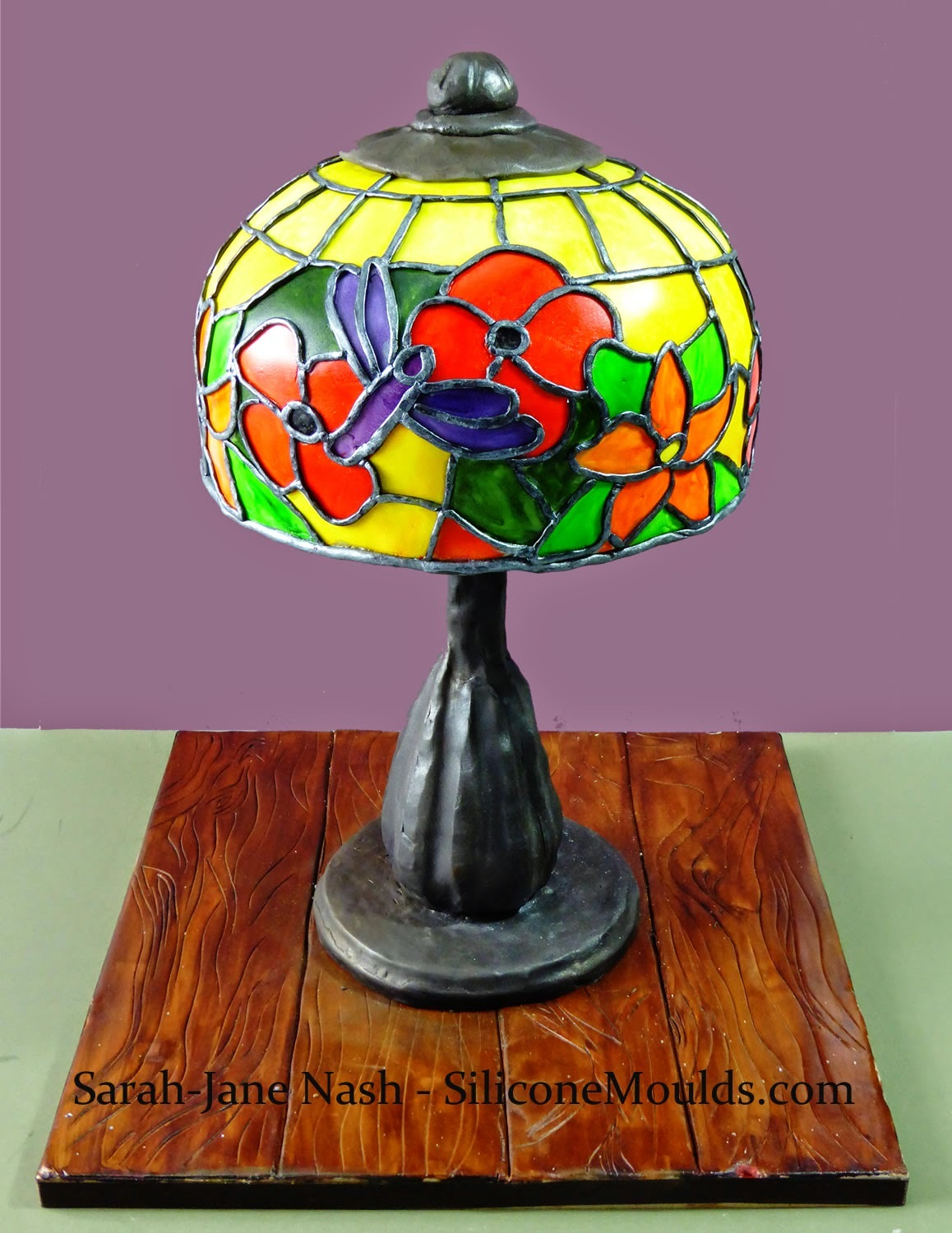 Tiffany Lamp CAKE - Yes .... This REALLY is a Novelty Cake that looks like a table lamp !