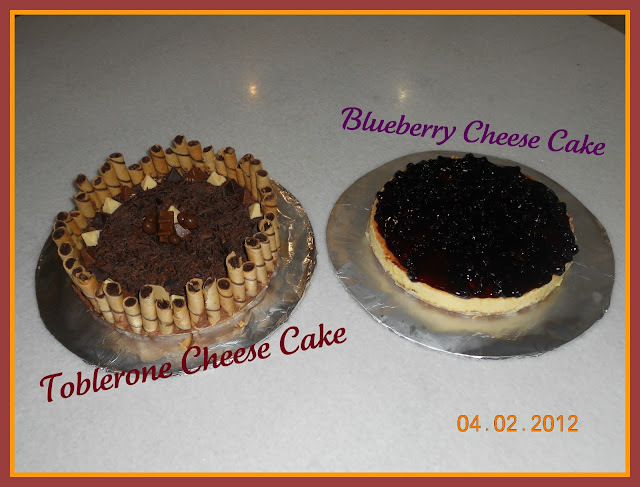 Two lovely cheese cakes ~~Toblerone cheesecake & Blueberry cheesecake