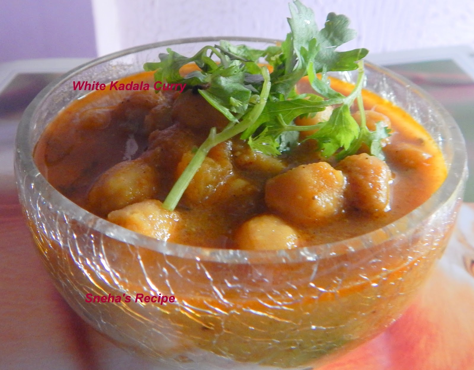 White Kadala Curry/ Chickpeas Curry - Kerala Style