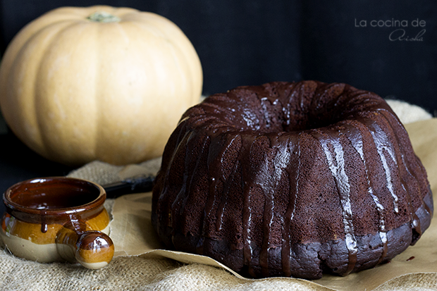 Pumpkin and chocolate bundt cake #BundtBakers