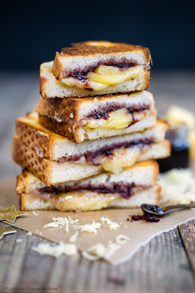 Comté grilled cheese sandwich with cranberry relish