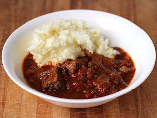 Three-pepper braised short ribs