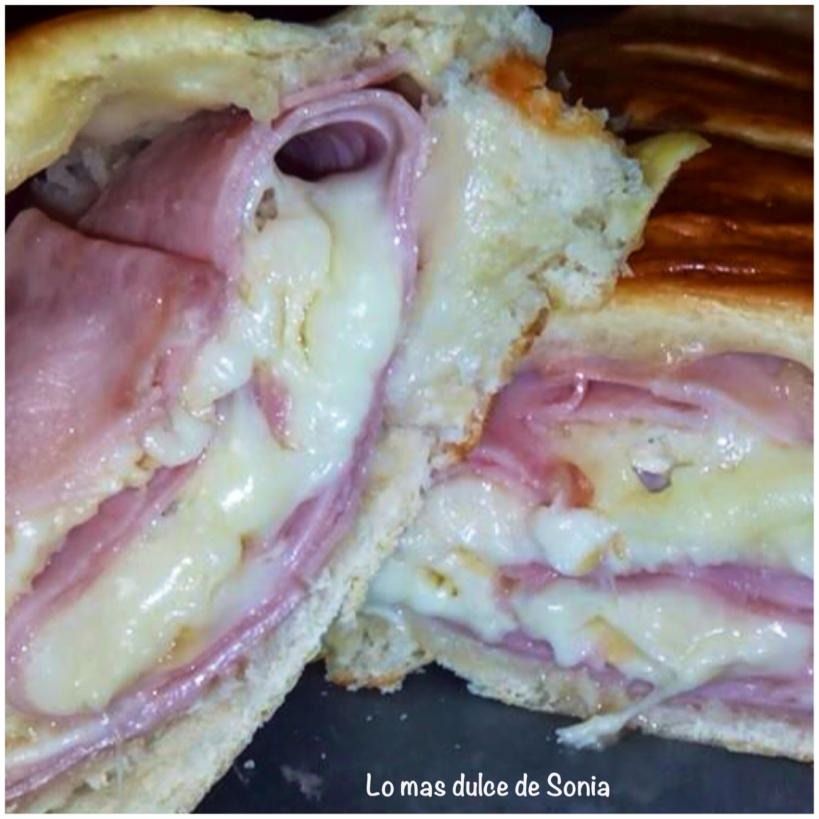 Pan relleno de Jamon york y queso