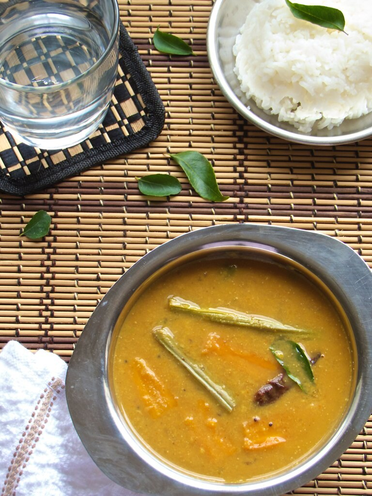 Arachuvitta Sambhar | South Indian Sambhar - A happy accident