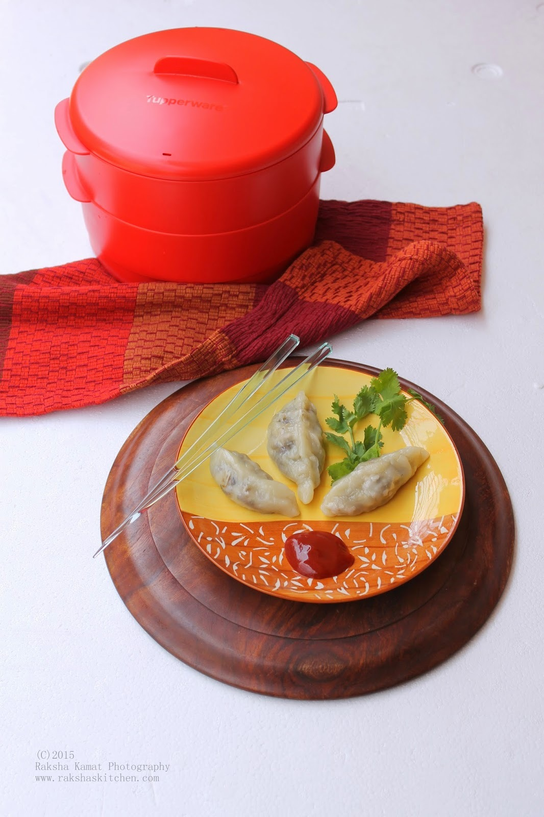 Steamed Vegetable Momos | Steamed Vegetable Dumplings Using Tupperware Steam It