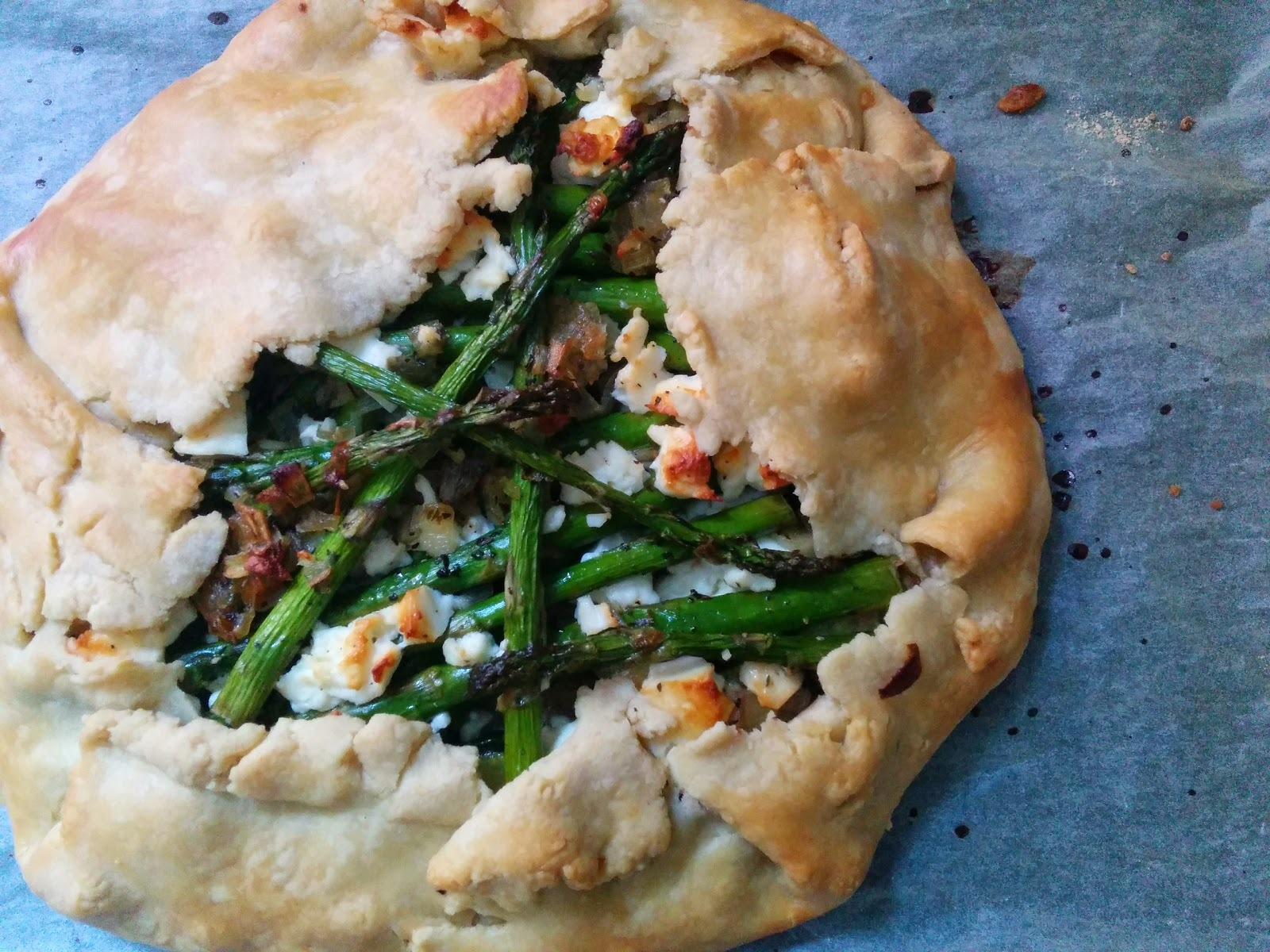 Courgette (Zucchini), Asparagus and Feta Cheese Galette