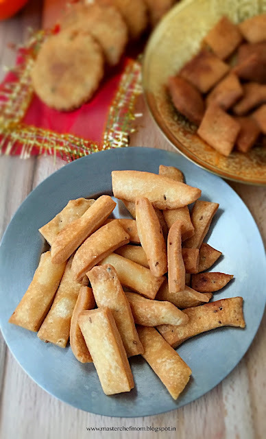 Namak Para  | Nimki |  Three Ingredient Savoury Recipe |How to make Namak Para | Easy Festive Savoury Recipe