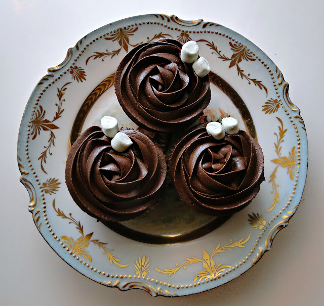 CHOCOLATE HEAVEN CUPCAKES (Peggy Porschen)