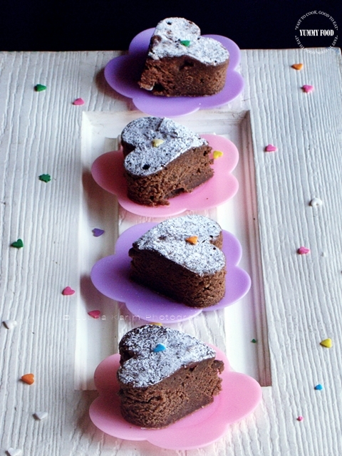 Microwave Eggless Dates Brownie Hearts | microwave baking | brownies in a microwave |microwave eggless bakes