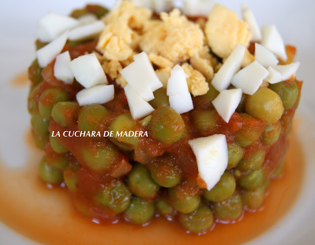 GUISANTES CON TOMATE