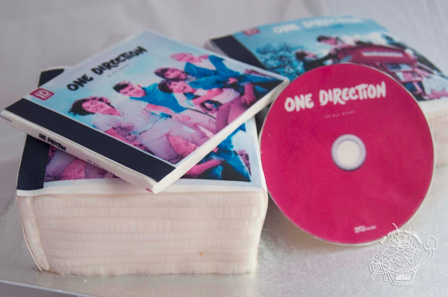 "TARTA DECORADA ""ONE DIRECTION"""