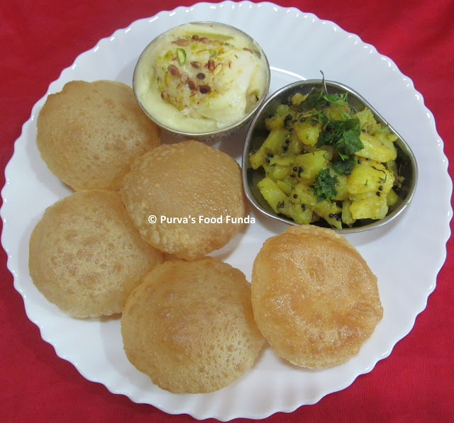 Puri ~ Indian Fried Wheat Puffed Bread