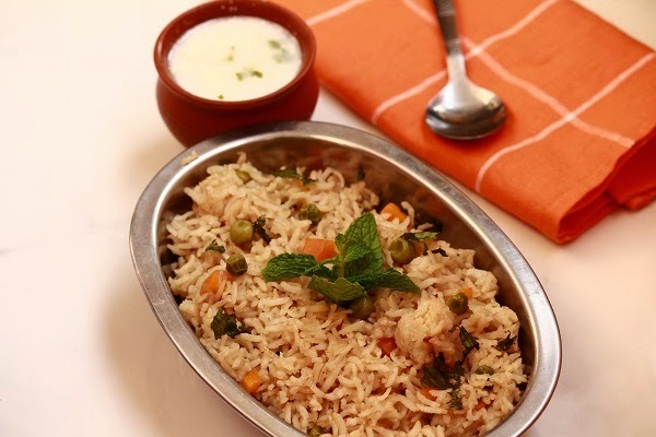 Brown Rice Pulao / Brown Basmati Rice Pulav In Pressure Cooker / Brown Rice Pilaf