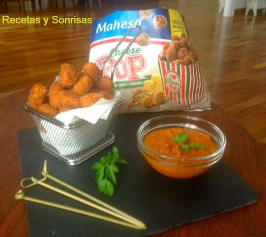 CHEESE POPS CON SALSA DE TOMATES SECOS