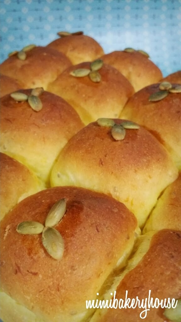 Pumpkin Mini Buns with White Chia Seeds