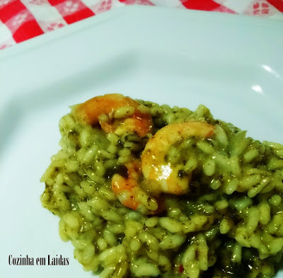 Risoto de cuxá e camarão [Risotto with shrimp and cuxá]
