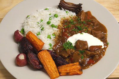 Simple Slow Cooker Beef Goulash, but with loads of flavour