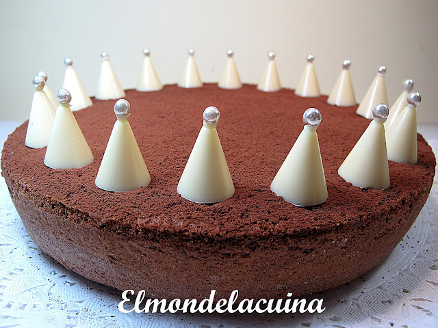 TARTA CORONA DE CHOCOLATE