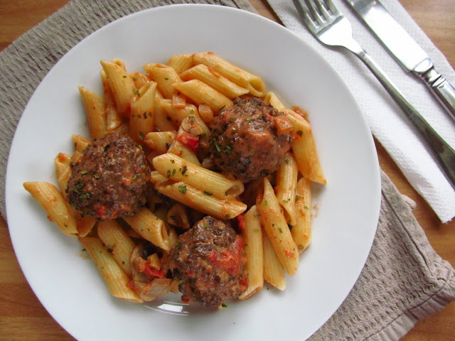 Greedy Meatballs and Pasta