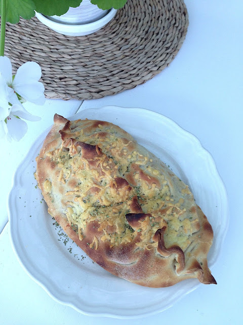 calzone special