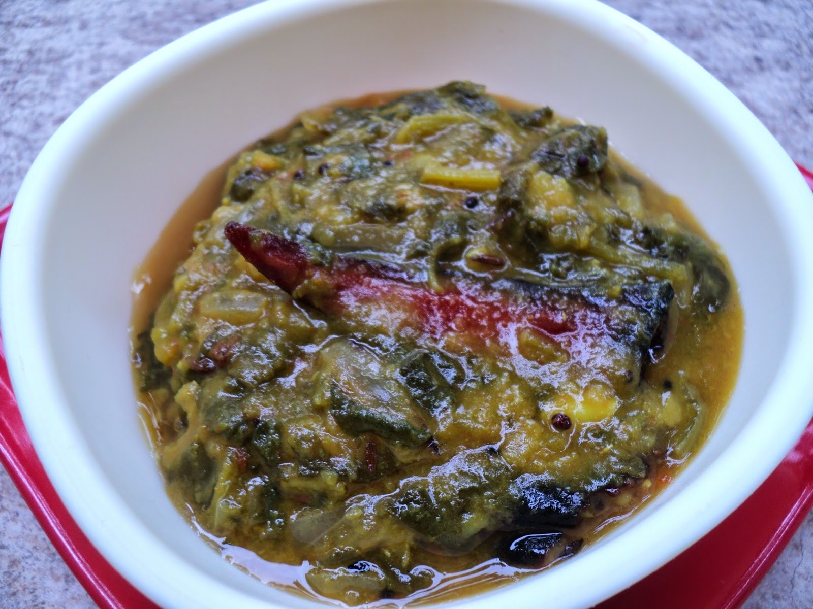 Bathua Saag-Dal curry