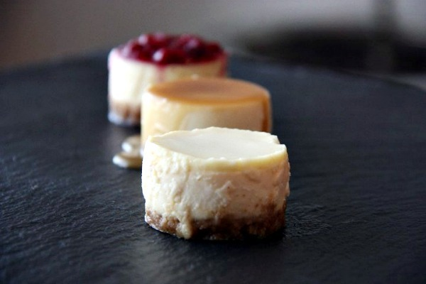"NEW YORK CHEESECAKES EN VERSION ""MINI""."