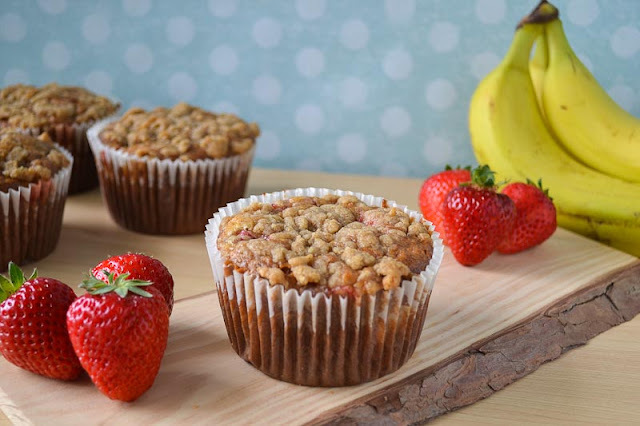 Gotta Love Coconut Oil: Strawberry Banana Muffins w/ Streusel Topping