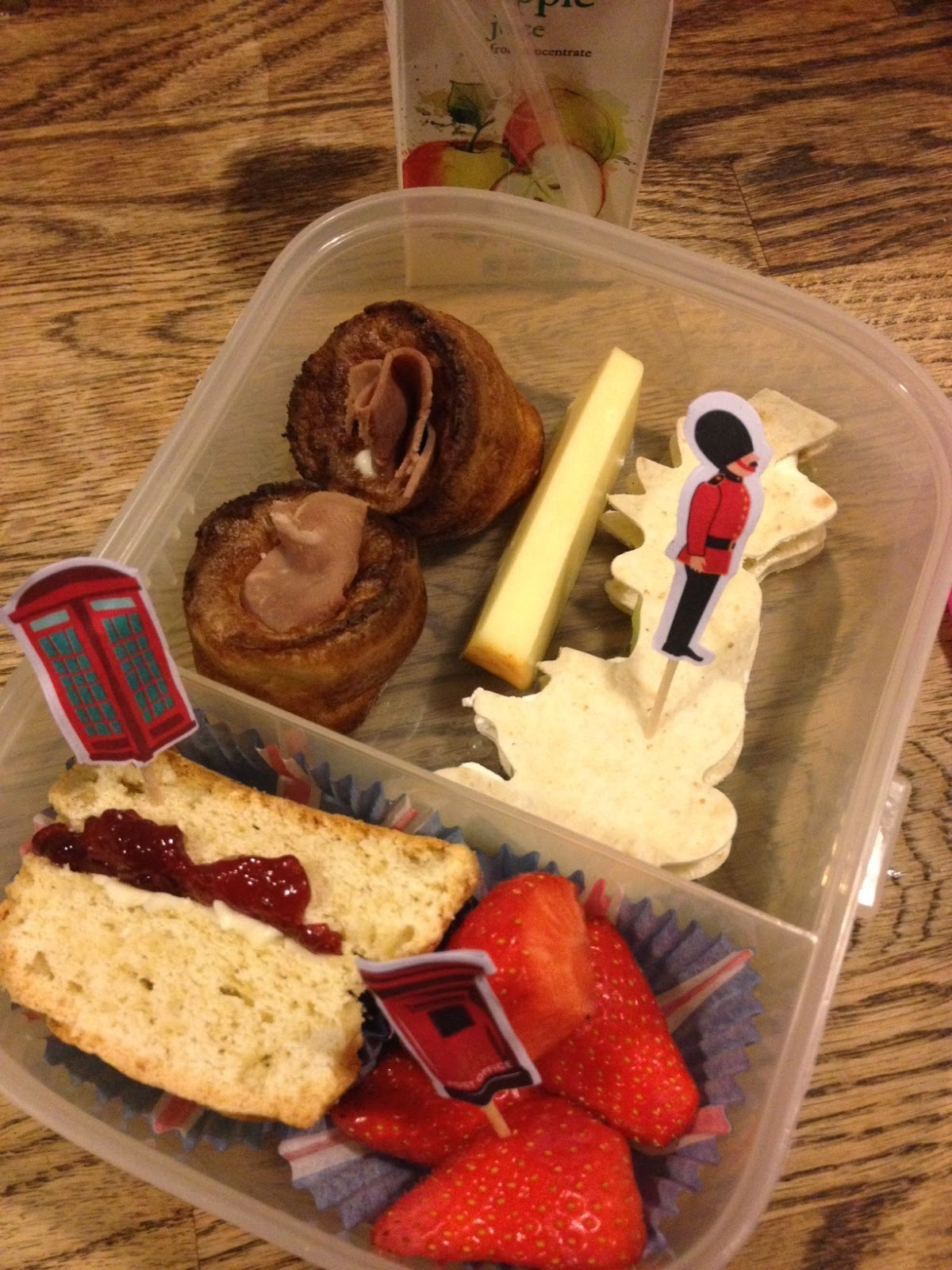 European themed lunchboxes