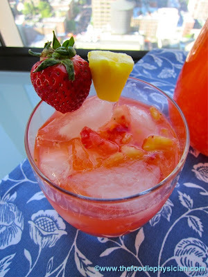 Dining with the Doc: Strawberry Pineapple Lemonade