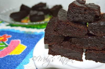 Eggless and Milkless Brownies