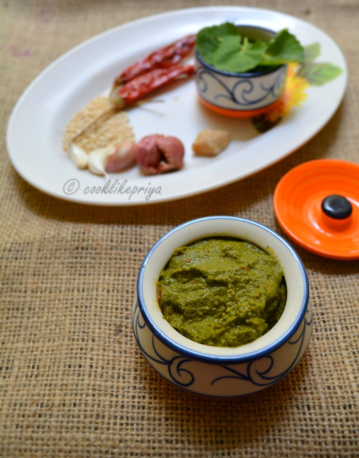 Vallarai Keerai Thuvayal | Brahmi Leaves Chutney