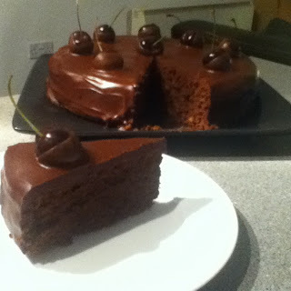 Weekly Bake Off : Divine Chocolate Birthday Cake