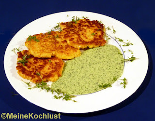 Maisbratling mit grüner Sauce - Veggieburger with corn and green sauce