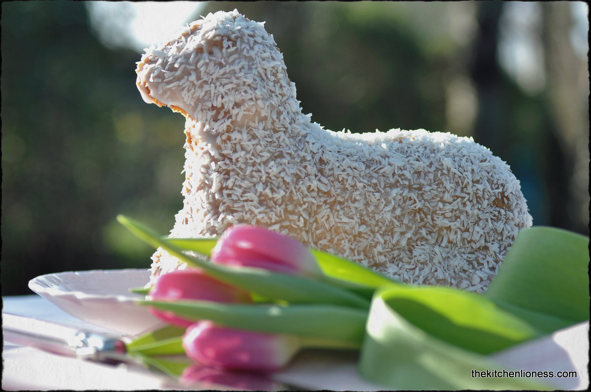 Easter Lamb Cake - Osterlamm