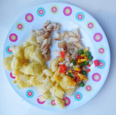 Fish, baked potato and vegetables, toddler meal - recipe