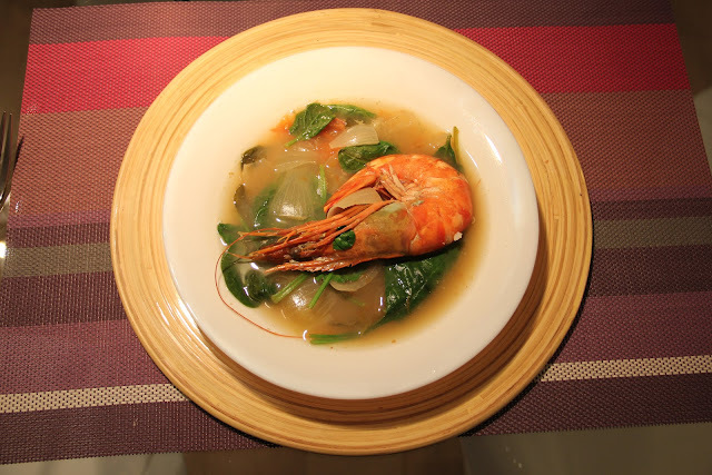 SAWCLicious: Sinigang na Hipon (Sour Broth Soup with Shrimps)