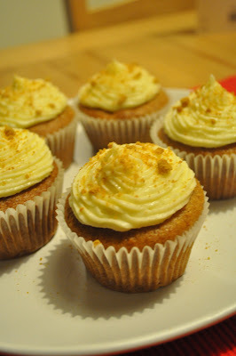 Banana French toast cupcakes.