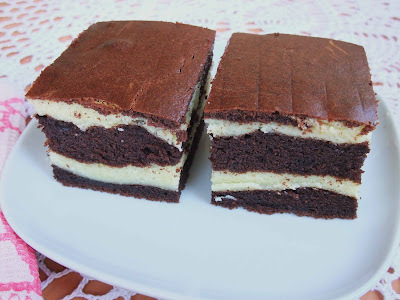 Cheese and chocolate butter marble cake