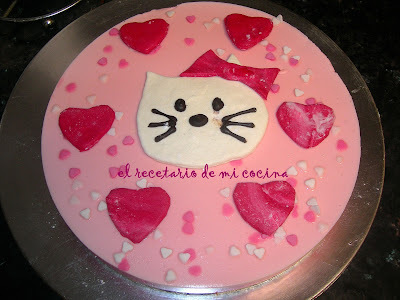 TARTA TRES ROSAS DE HELLO KITTY